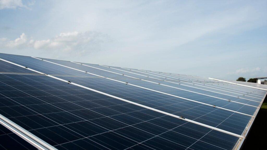 Qual a valorização do imóvel em Barbacena com energia solar